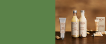Productos Natura Ekos presentados sobre una mesada de madera