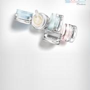 Productos Antiseñales de Natura Chronos presentados sobre una base muy iluminada