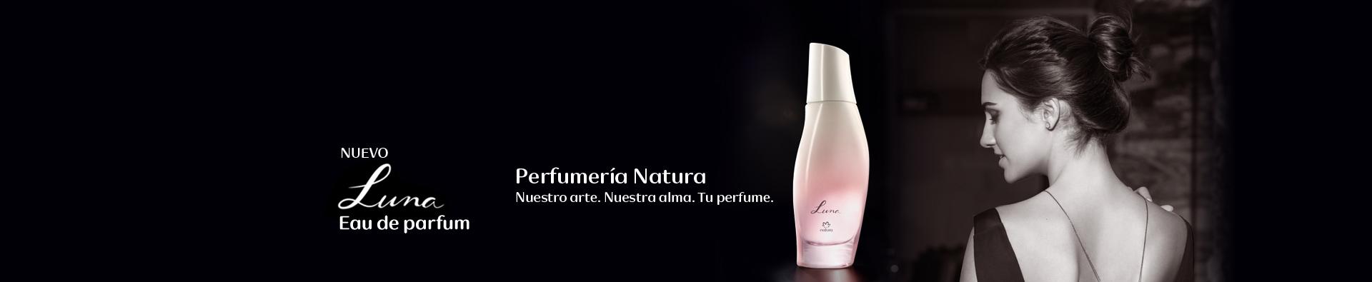 Perfume Luna y mujer de espalda